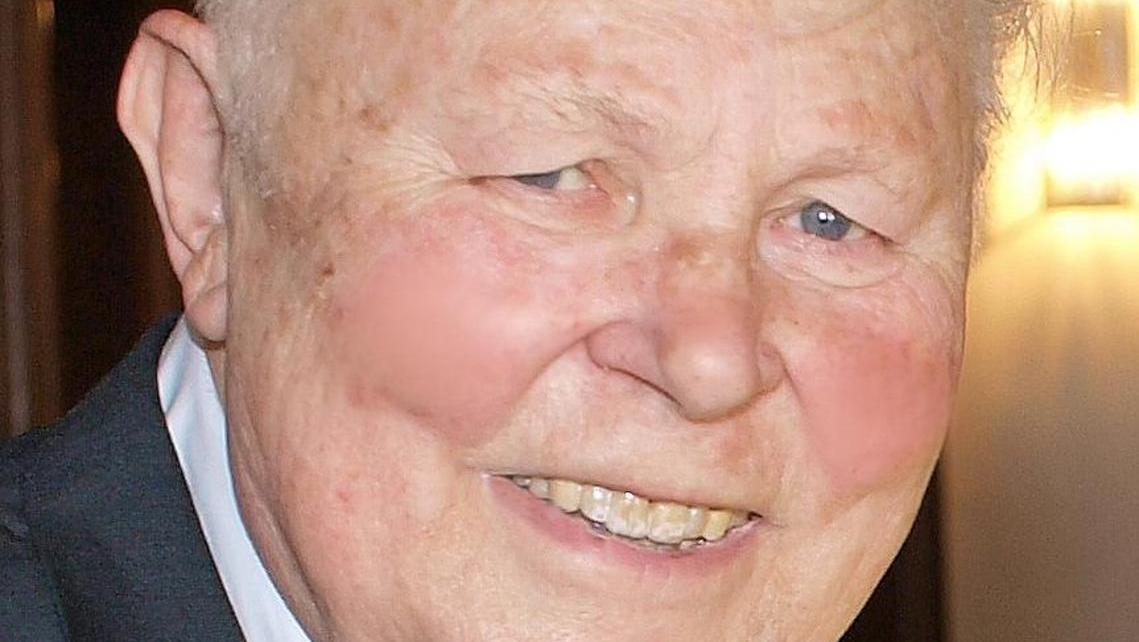 Dr. Günter W. Zwanzig, früherer Oberbürgermeister von Weißenburg, ist verstorben.
