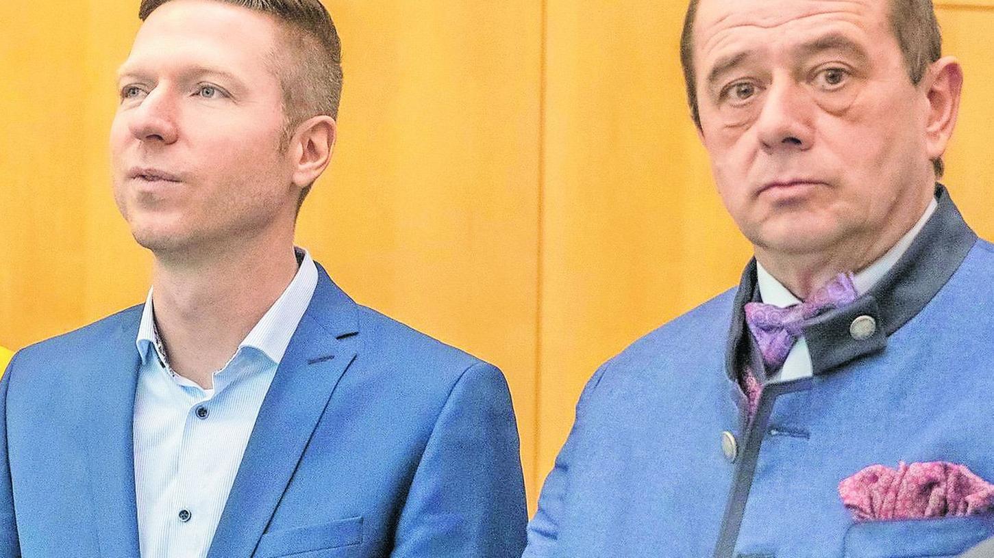 Standen im Wahlkampf Schulter an Schulter: FWG-Kreistagsfraktionssprecher Hans Hümmer (rechts) und Florian Wiedemann, der sich als FWG-Neuling den Chefsessel im Landratsamt holte. Derzeit aber ist das Miteinander der beiden schwer belastet.