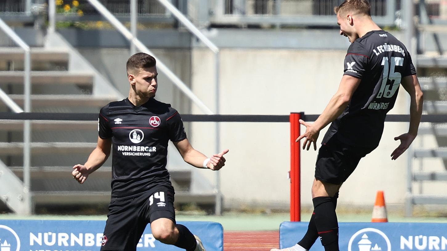Die Entscheidung: Tom Krauß (links) erzielte den dritten Nürnberger Treffer.