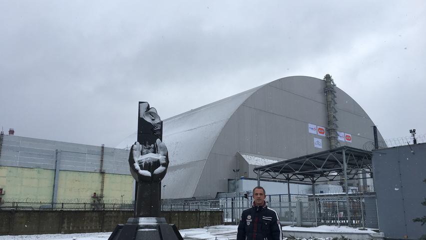 35 Jahre nach der Atomkatastrophe von Tschernobyl ist die Sperrzone ein besonderes Areal: Verlassene Häuser und Gebäude, der riesige neue Sarkophag und menschenleere Orte bilden eine ganz eigene Atmosphäre. Der Neumarkter Olaf Schumann ist mehrfach dort unterwegs gewesen.