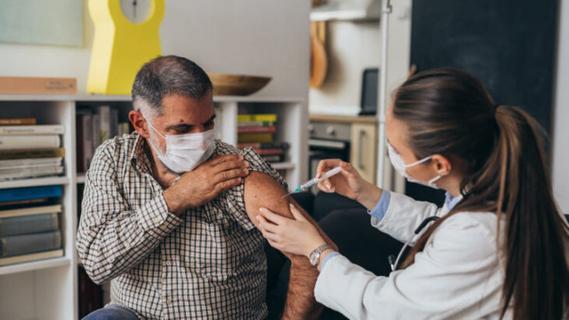 Corona-Schutzimpfung: Hausärzte ziehen ein positives Fazit