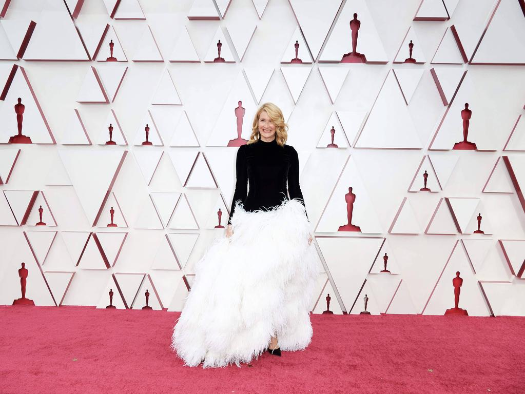 Laura Dern arrives on the red carpet of The 93rd Oscars at Union Station in Los Angeles, CA on Sunday, April 25, 2021. Los Angeles CA USA PUBLICATIONxINxGERxSUIxAUTxONLY Copyright: xMattxPetitx 34135541THA