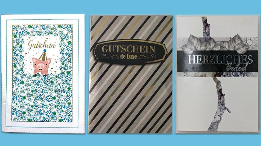 Das vom Polizeipräsidium Mittelfranken zur Verfügung gestellt Foto zeigt Karten, die nach Überzeugung des Gerichts von Susanne G. als Drohbriefe verschickt wurden.