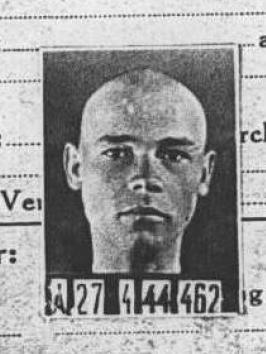 Teodor Slowacznik, Ehemann, Vater und Bäcker, war in den KZs Buchenwald und Auschwitz inhaftiert. Ob er überlebt hat?