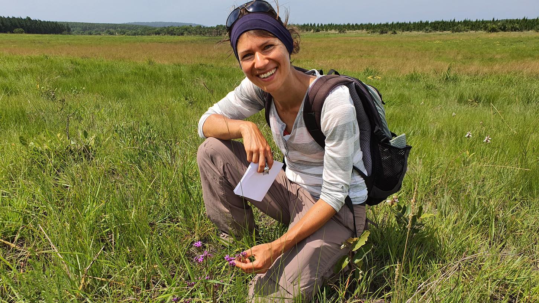 Die Nürnberger Biologin lebt seit knapp drei Jahren in Südafrika. Gerne würde sie dort bleiben, doch auch Indien oder Thailand reizen sie für ihre Forschungsarbeit.