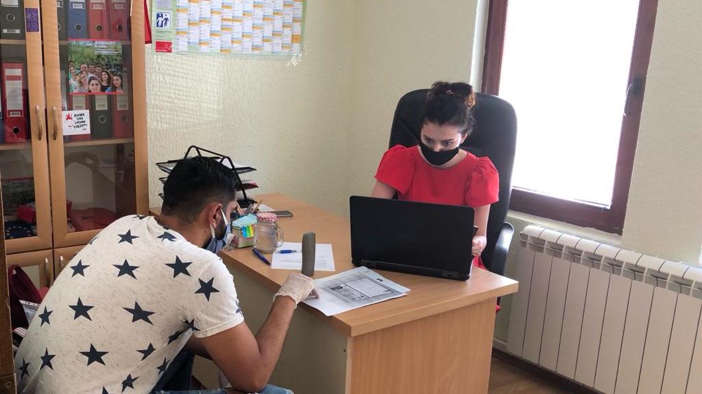 Die Beratungsgespräche helfen den jungen kosovarischen Fachkräften bei der Orientierung.