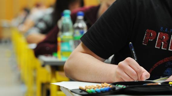 Schweres Mathe-Abi? Mittelfranken ist Schlusslicht im bayerischen Durchschnitt