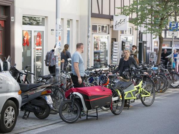 Benötigen Platz: Cargobikes dürfen auch auf der Straße abgestellt werden.