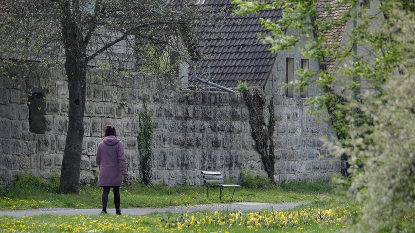 Spaziergang entlang der Stadtmauer.