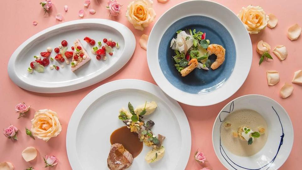 Das Restaurant Entenstuben lädt zum virtuellen Dinner am Vorabend des Muttertags, nämlich am Samstag, 8. Mai ein.