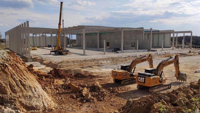 Im Gewerbegebiet Pegnitz West wird kräftig gebaut