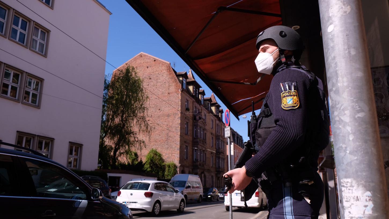 In der Nordstadt findet derzeit an der Beruflichen Oberschule ein größerer Polizeieinsatz statt.