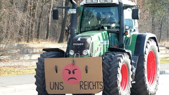 Bauern demonstrieren in Bechhofen gegen CSU-Politiker