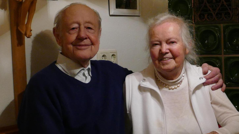 Der Jubilar Kurt Macht ist mit seiner Ehefrau Elisabeth seit mittlerweile 62 Jahren glücklich verheiratet. Geselligkeit und Freunde gehören für ihn zum Leben.