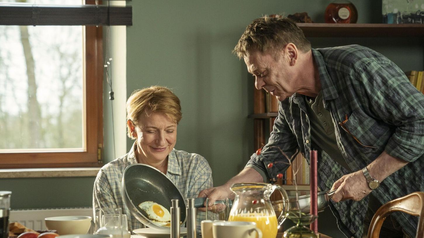 Sylvester Groth als Rolf Glawogger und Dagmar Manzel als Paula Ringelhahn in