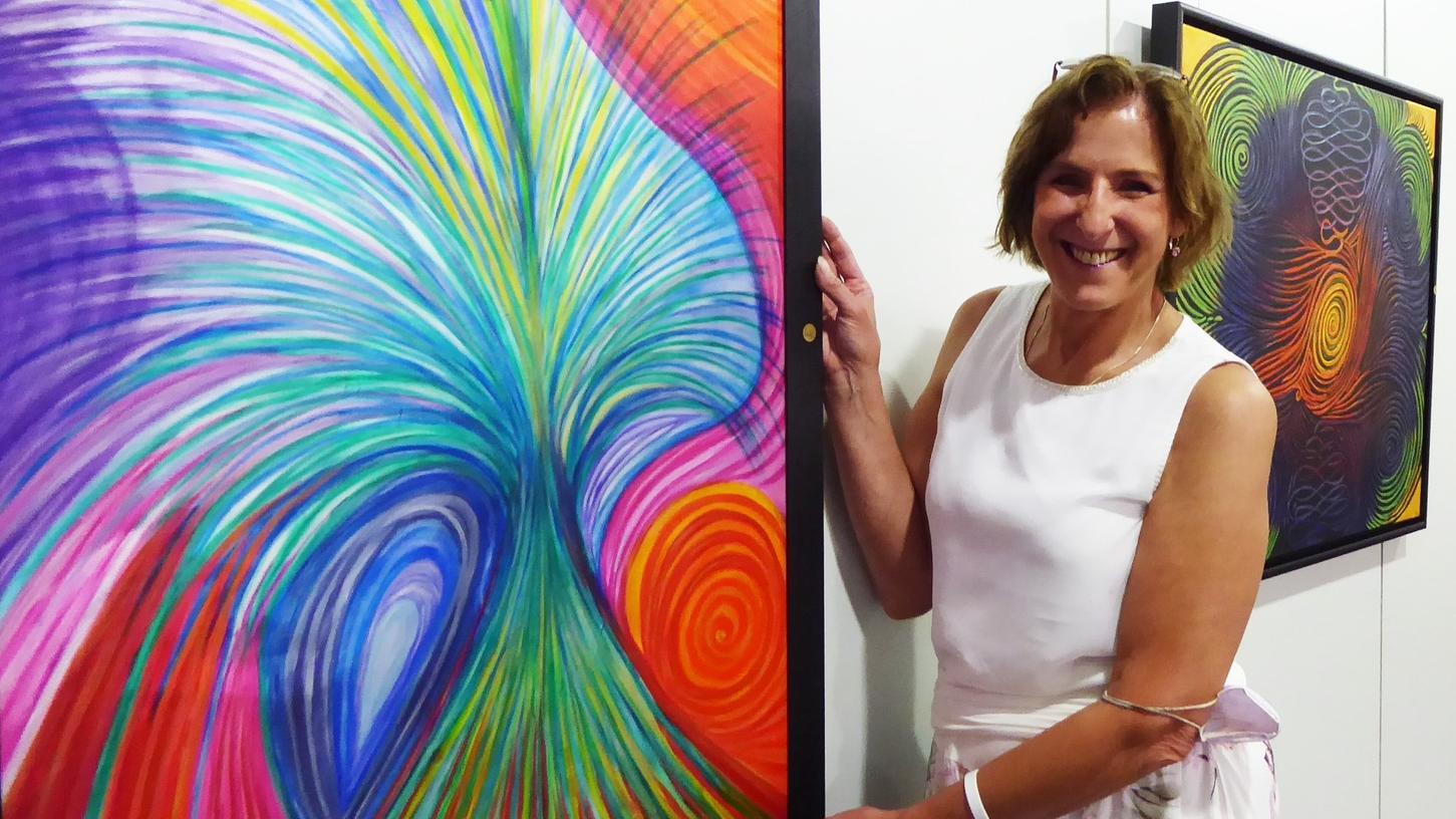 Zu persönlichen Führungen durch ihre Münchsteinacher Dauerausstellung lädt die Künstlerinnen Susanne Titze-Strack anstelle der gewohnten Frühjahrsvernissage ein.