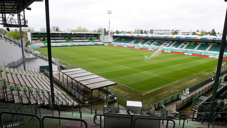 Das Stadion am Laubenweg kennt man zuletzt nur noch mit verwaisten Rängen. Hier könnte sich mancher eine – wenn auch moderate – Aufstiegsparty vorstellen.