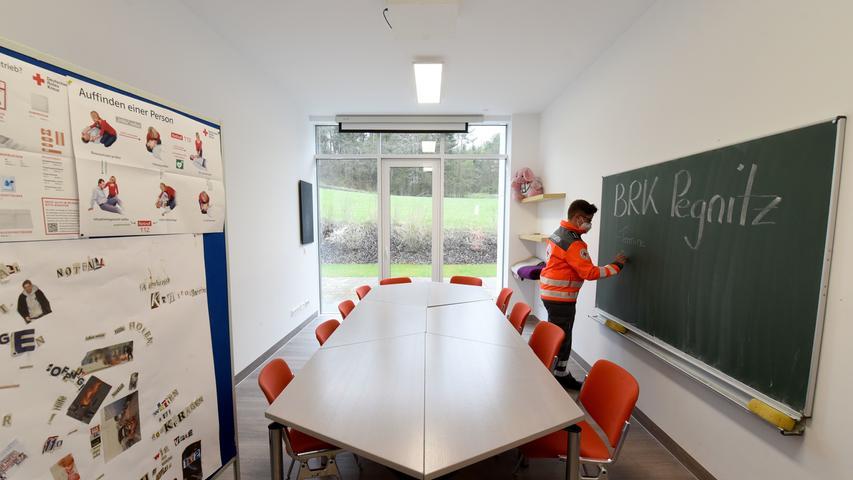 Zur Ausstattung des neuen Domizils am Dianafelsen zählt auch ein moderner Schulungsraum.