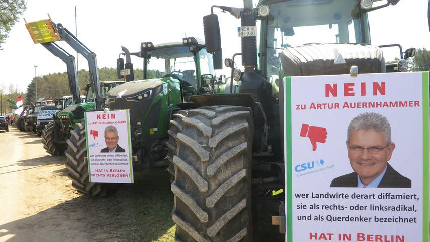 Bauern protestierten bei CSU-Versammlung