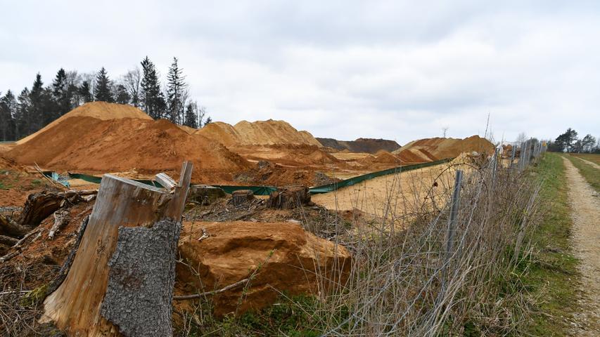 Sandabbau am Dillberg: Buddeln im großen Stil
