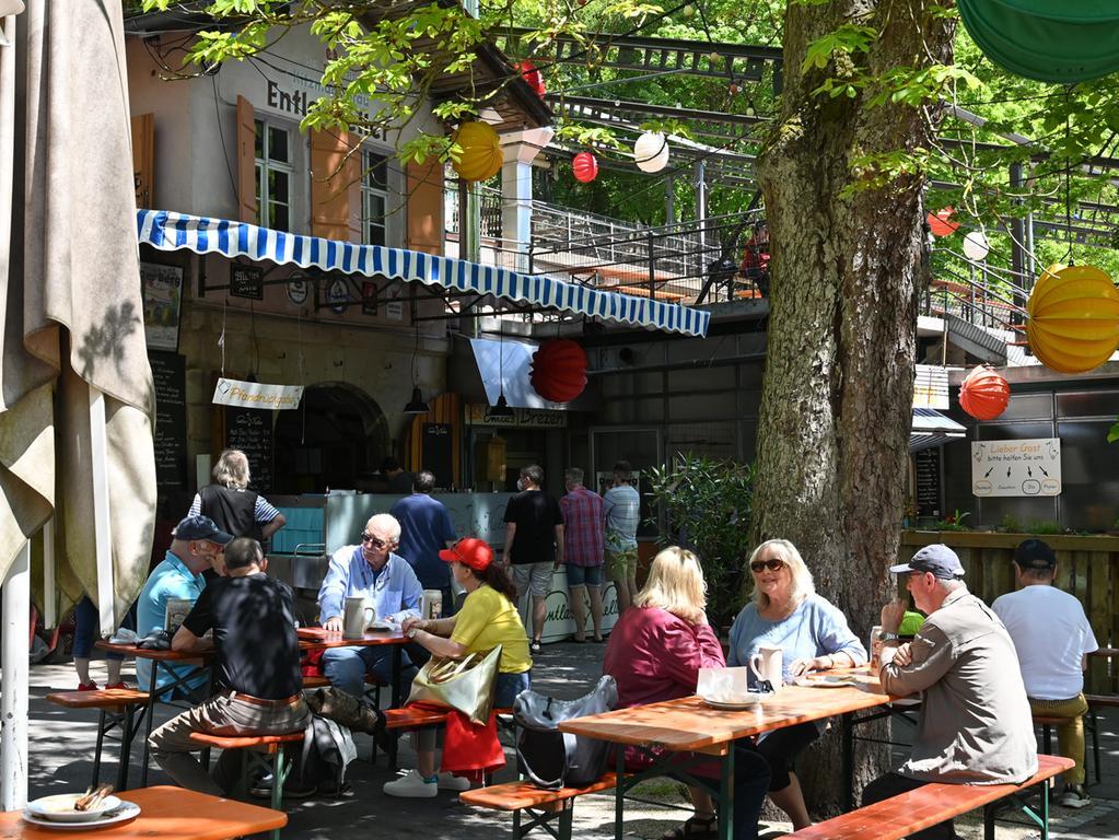 Die Außengastronomie darf in Erlangen wieder öffnen. Hier Impressionen vom Entlas-Keller.