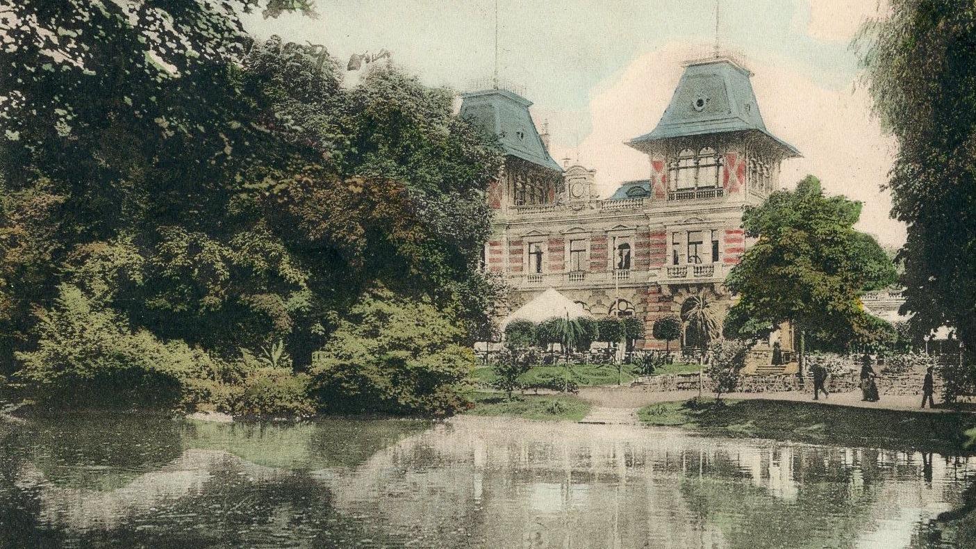 Traum des Fin-de-siècle: die Stadtpark-Restauration mit dem großen Teich auf einer einigermaßen realistisch kolorierten Ansichtskarte aus der Zeit um 1902.