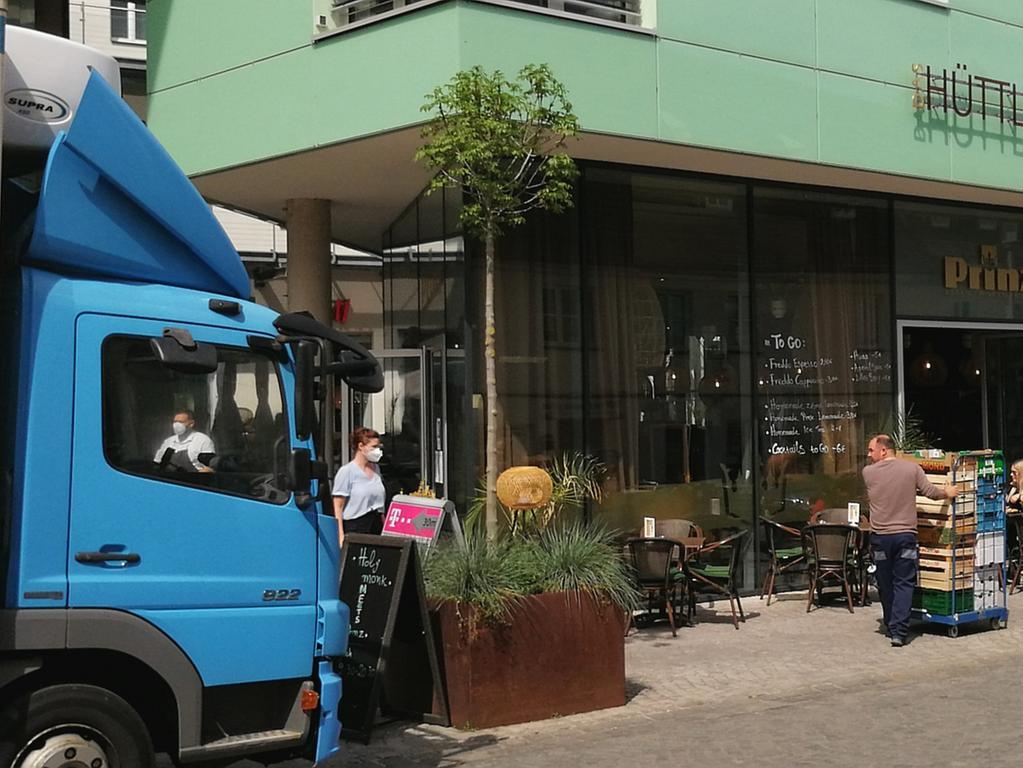 Öffnung Außengastronomie Schwabach Nachschub-Lieferung beim
