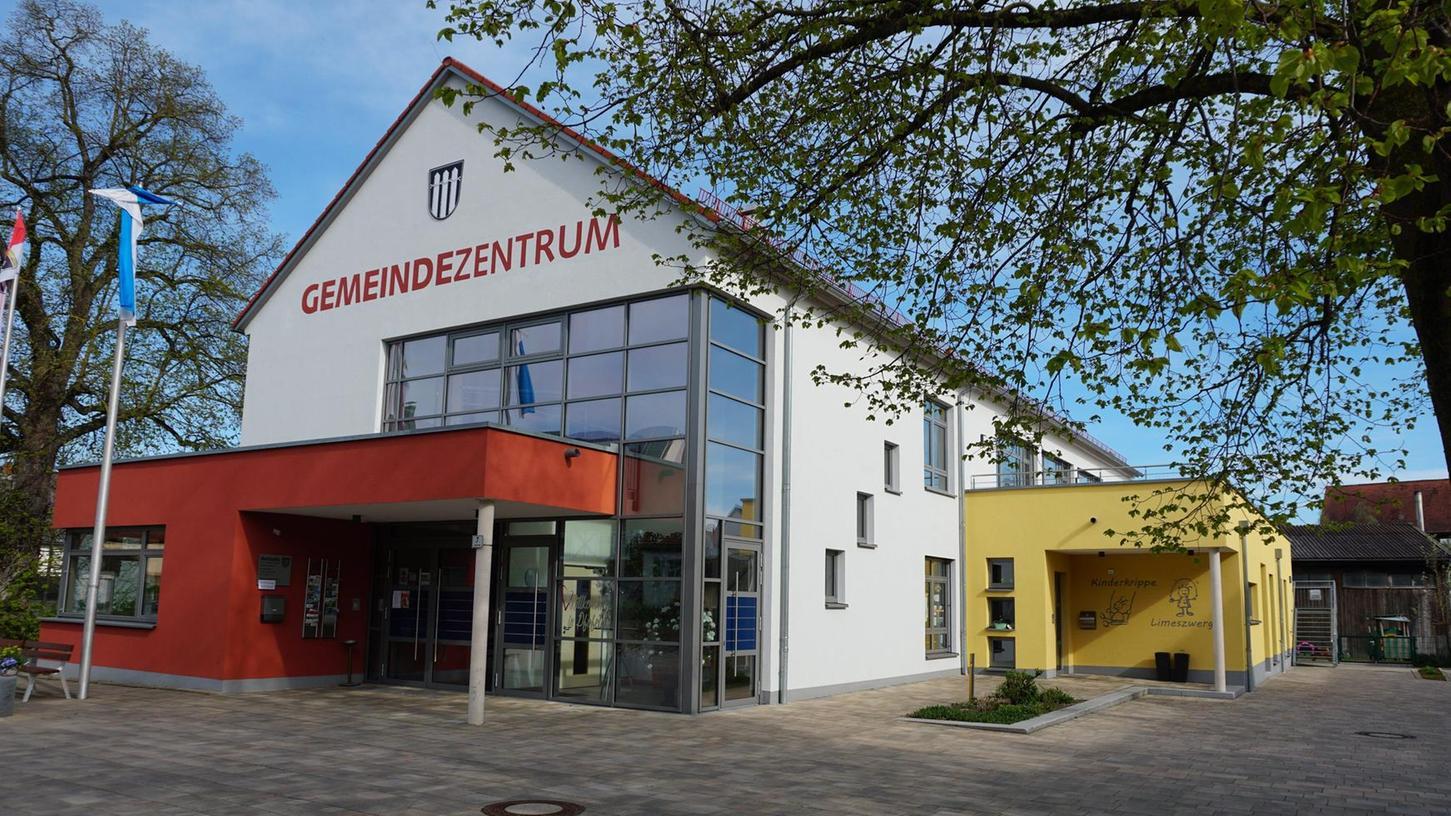 In seiner jüngsten Sitzung im Gemeindezentrum hat der Pfofelder Gemeinderat ein weiteres Bürgerbegehren zum Thema Center Parcs für zulässig erklärt.