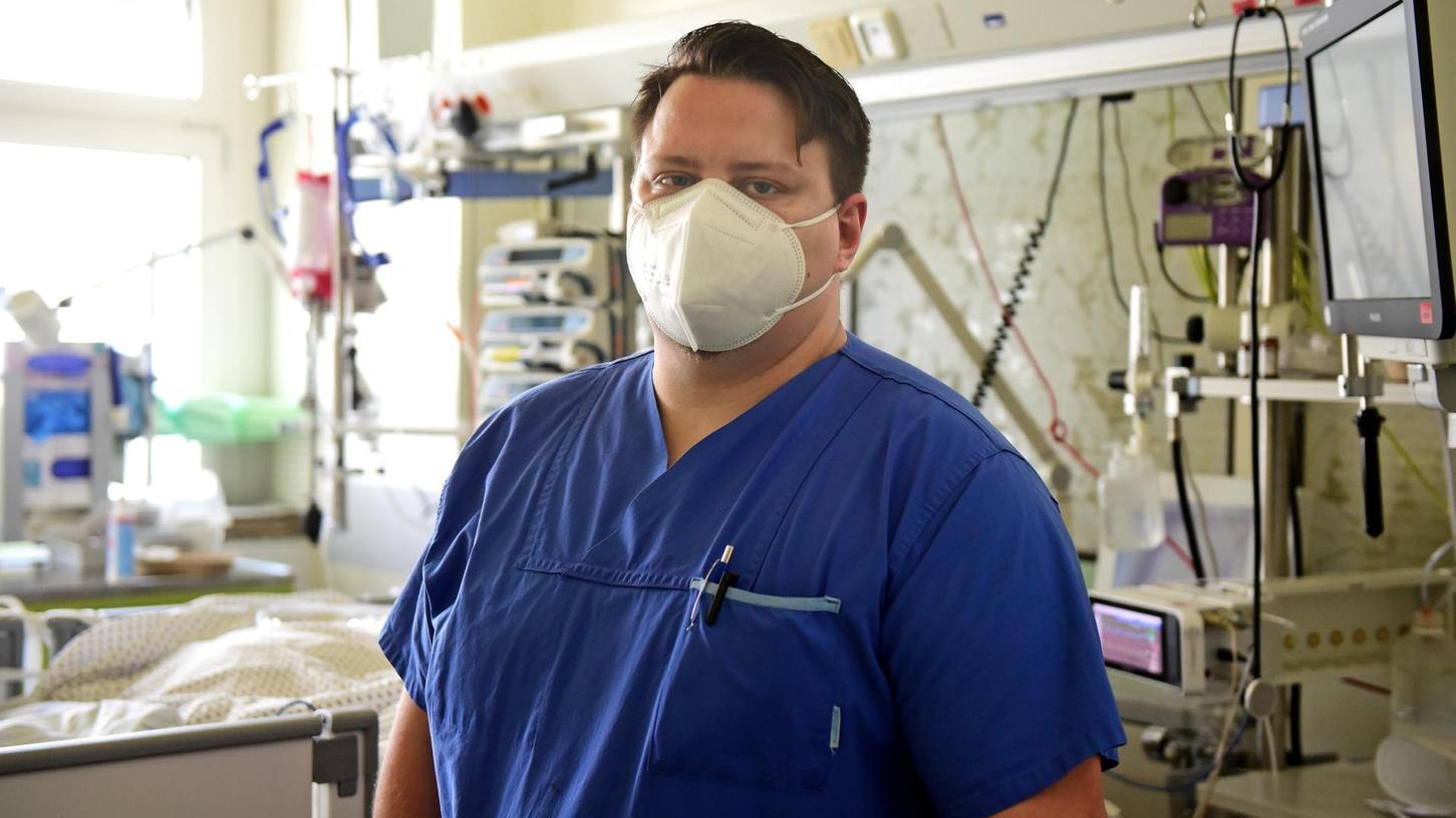 Seit elf Jahren arbeitet Marco Koch auf der Intensivstation, doch in all der Zeit hat er nicht so viele Menschen sterben sehen wie in den vergangenen zwölf Monaten.