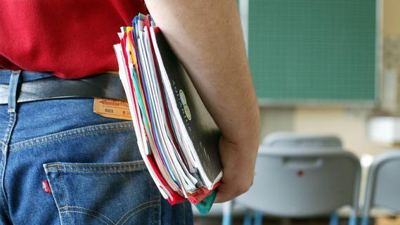 Bis zu 700 Euro Unterschied: So viel verdienen Lehrkräfte in Deutschland