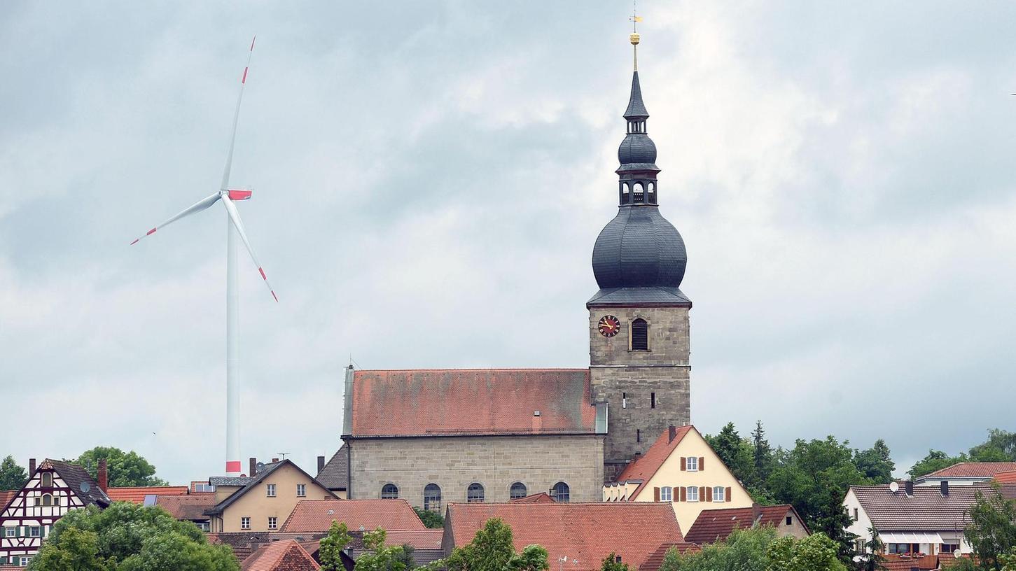 Gemeinderat Giovanni Daniele würde die Erlöse des Fests gerne für die demnächst fällige Sanierung von St. Oswald verwenden.