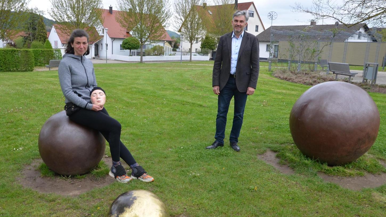 Die italienische Kunststudentin Diana Pacelli machte in Berg Station und wurde dort von Bürgermeister Peter Bergler begrüßt.