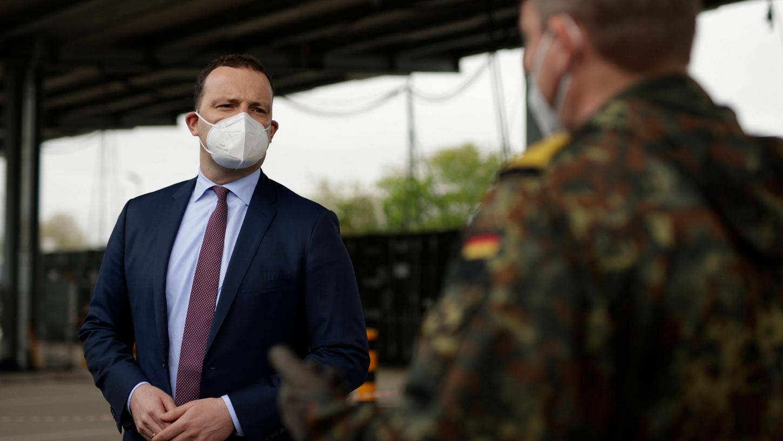 Gesundheitsminister Jens Spahn gehen die Öffnungen in Deutschland teilweise zu schnell.
