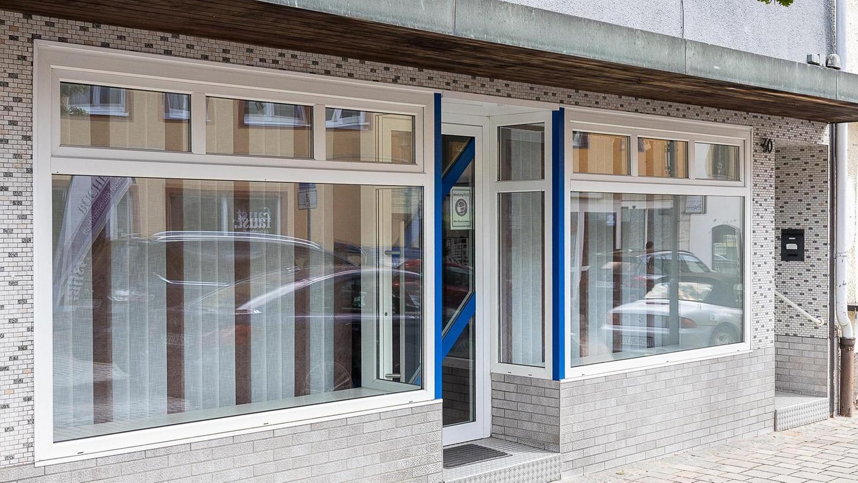 Die ehemalige Schneiderei von Nataliya Pfab steht schon bald leer. Wer nach ihr in den Laden an der Hauptstraße einziehen wird, ist derzeit noch unklar.