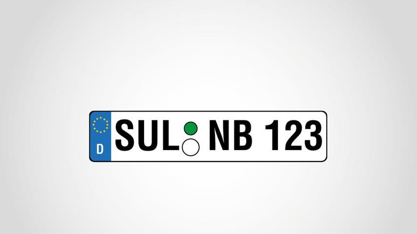 ImLandkreis Amberg-Sulzbach werden jedes Jahr bis zu 300 Altkennzeichen ausgegeben. Davon wollten im Jahr 2013 exakt 25 Personen gleich am ersten Tag ein SUL-Kennzeichen des ehemaligen Landkreises Sulzbach-Rosenberg, der im Zuge der Gebietsreform mit dem ehemaligen Landkreis Amberg zusammengelegt wurde.