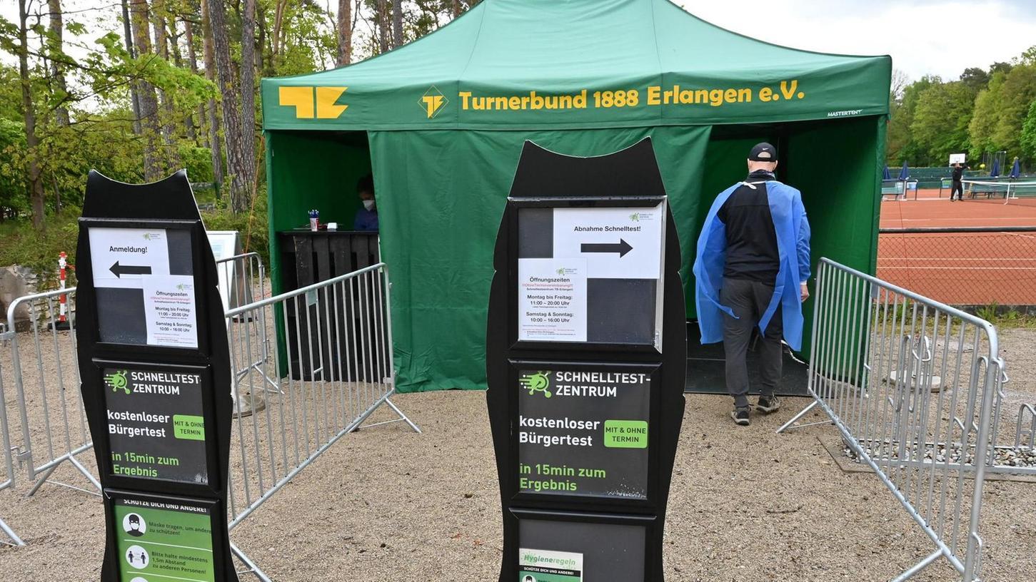 Mitglieder – aber auch alle anderen Bürgerinnen und Bürger – können sich am Gelände des TB kostenlos auf Corona testen lassen.
