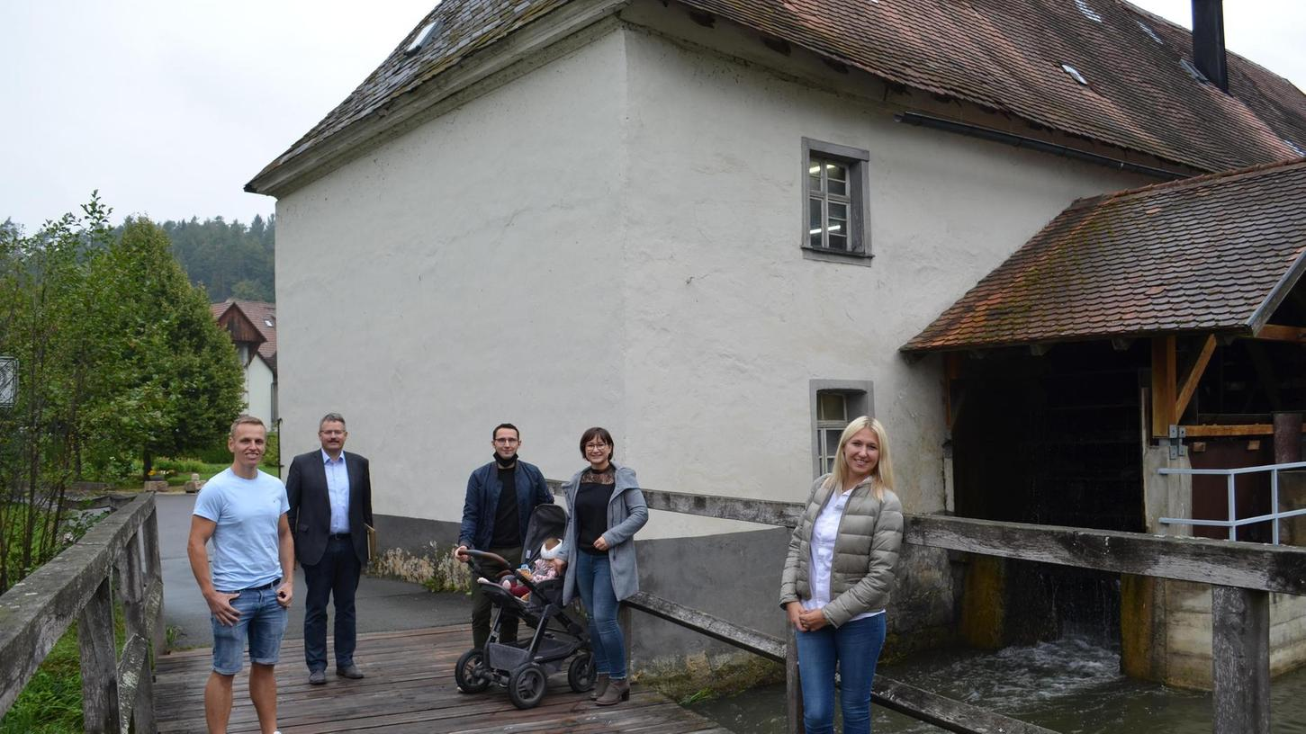 Das Engagement der Familie Sebald, das Erbe der Familie in nächster Generation fortzuführen, hat sich gelohnt: Der Bund fördert die Sanierung der Nankendorfer Mühle.