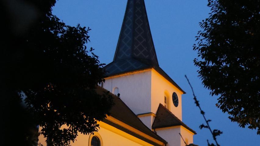 Die Laurentiuskirche in Aisch.