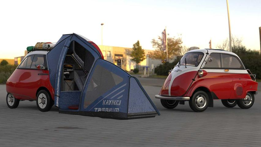 Bekanntschaft mit dem Original: Hier trifft der Microlino Camper auf die BMW Isetta (rechts).
