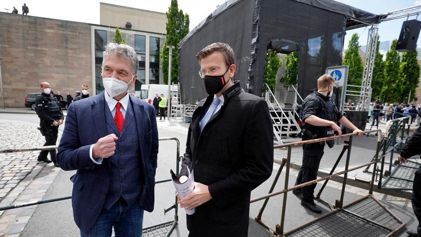 IKGN-Vorsitzender Jo-Achim Hamburger (links) und Oberbürgermeister Marcus König (CSU).