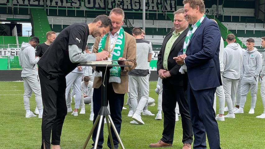 Co-Trainer André Mijatovic durfte natürlich auch nicht fehlen.