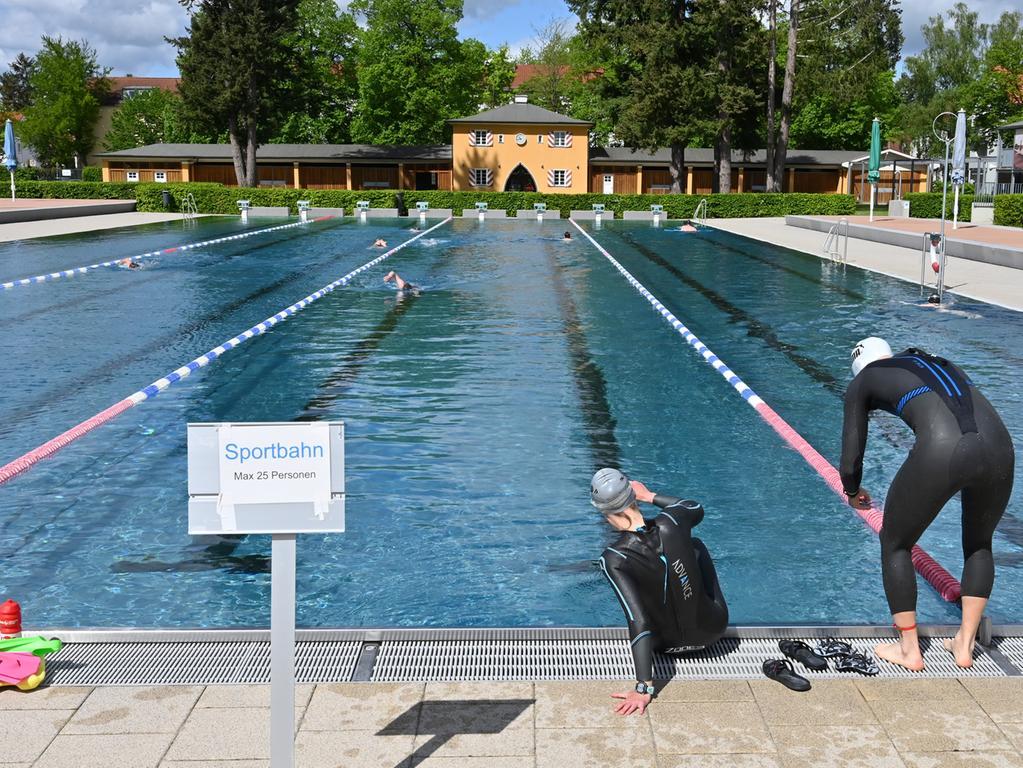 Das Röthelheimbad hat jetzt wieder geöffnet. Der Zutritt ist jedoch streng reglementiert. Foto: Klaus-Dieter Schreiter