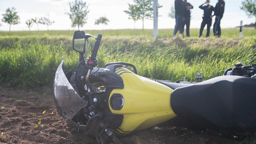 Landkreis Ansbach: Vater stirbt bei Motorradfahrt mit Sohn