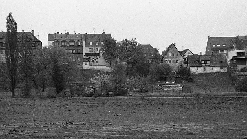 Das ist die Rückseite der Mögeldorfer Seeseite: sie ist für das Auge nicht gerade schön. Hier geht es zum Kalenderblatt vom 27. Mai 1971: Phantasiepreise für Mögeldorfer Boden.