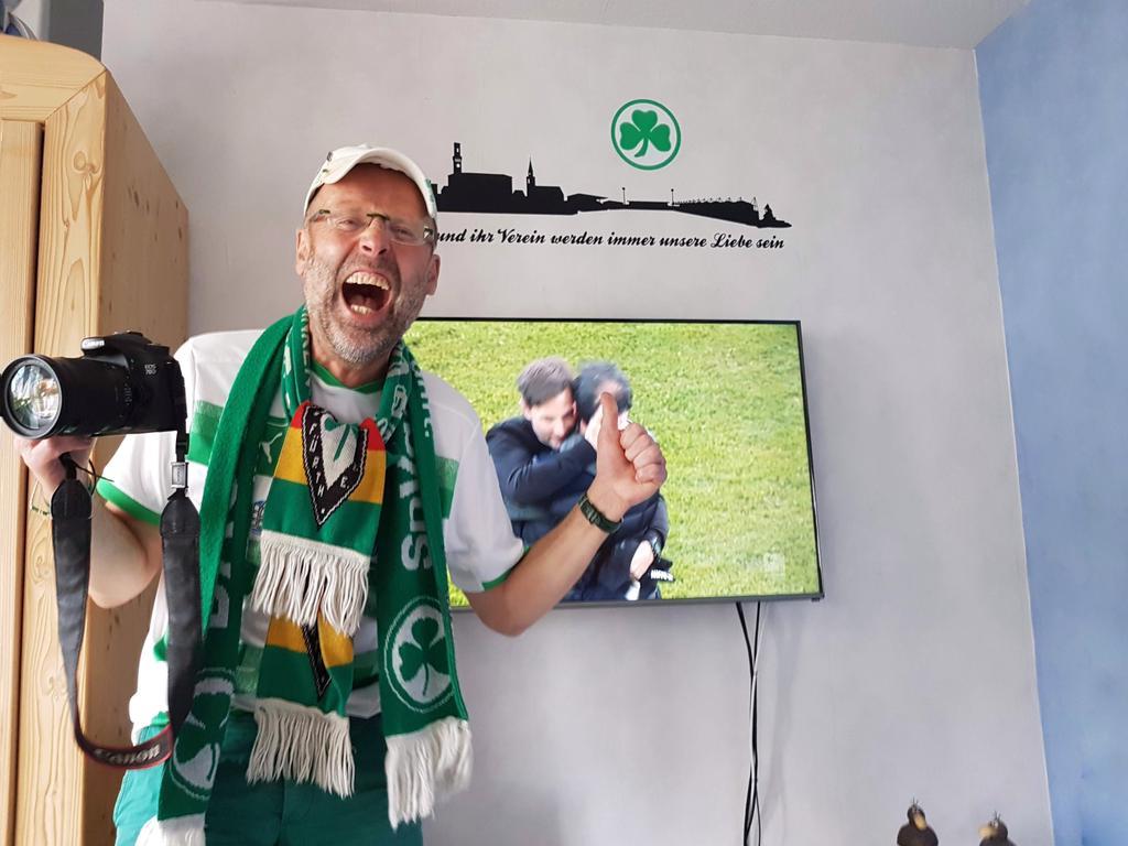 SpVgg Greuther Fürth Aufstieg 2021 Sonder-Beilage Fans schicken Jubel-Bilder  ein   Als