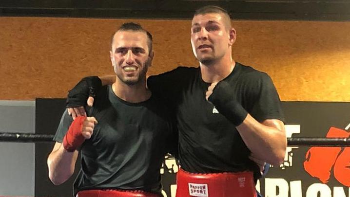 Perfekter Sparringspartner: Deutschlands Nummer eins im Mittelgewicht, Vincent Feigenbutz (rechts), forderte Marten Arsumanjan im Training aufs Äußerste.
