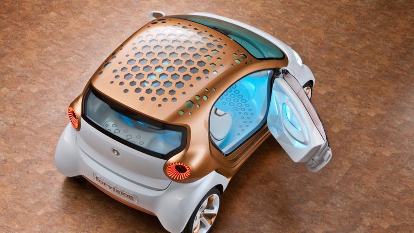 Der Smart forvision (2013) war mit Solarzellen auf dem Dach ausgestattet.