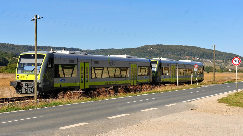 Heute fährt auf der historischen Trasse der Wiesenttalbahn die private Bahngesellschaft Agilis.