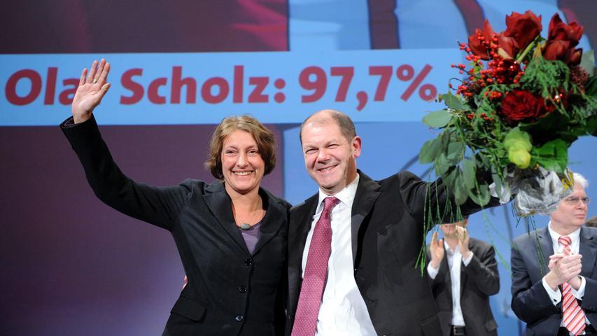 Sein bisher größter Erfolg war, die SPD 2011 bei der Wahl in Hamburg aus der Opposition in die Alleinregierung zu führen. Sieben Jahre lang war Olaf Scholz erster Bürgermeister der Hansestadt.