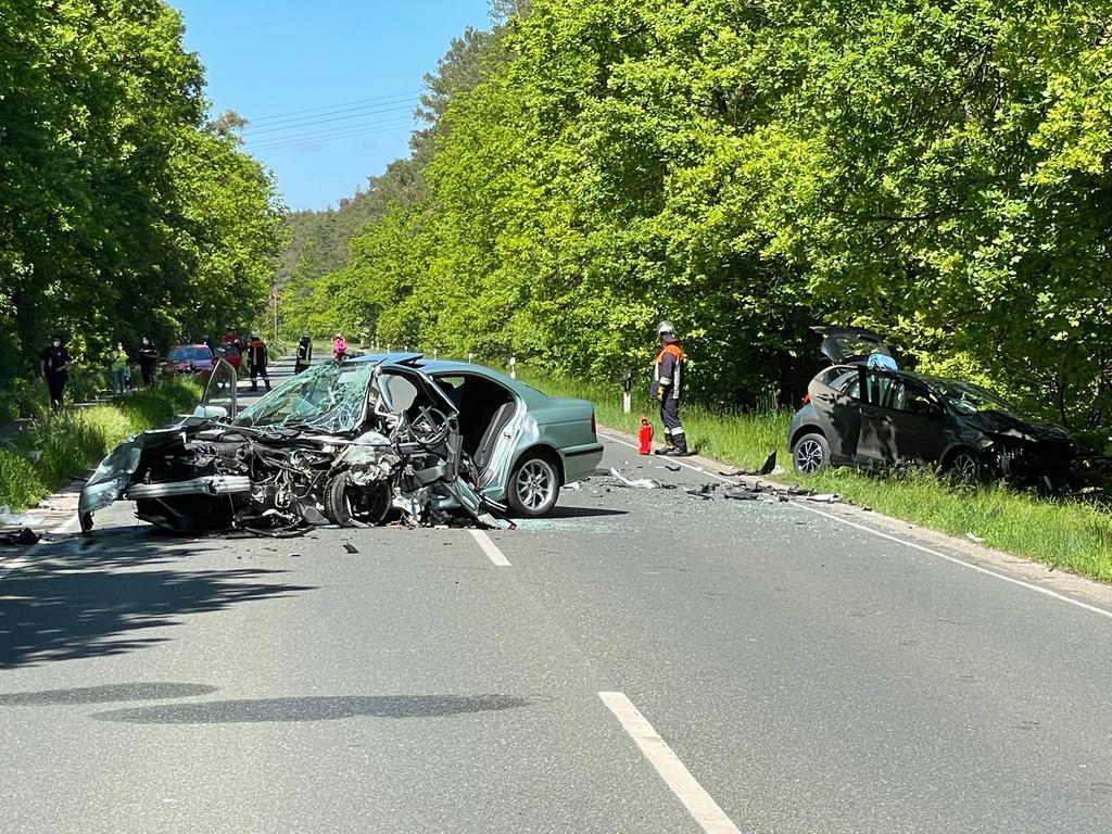 Unfall Eltersdorf: Drei Verletzte